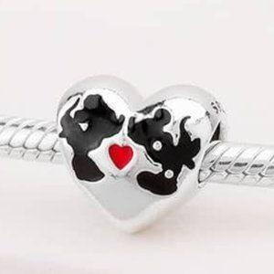 📿Pandora  Minnie Mouse & Mickey Mouse Kiss Charm